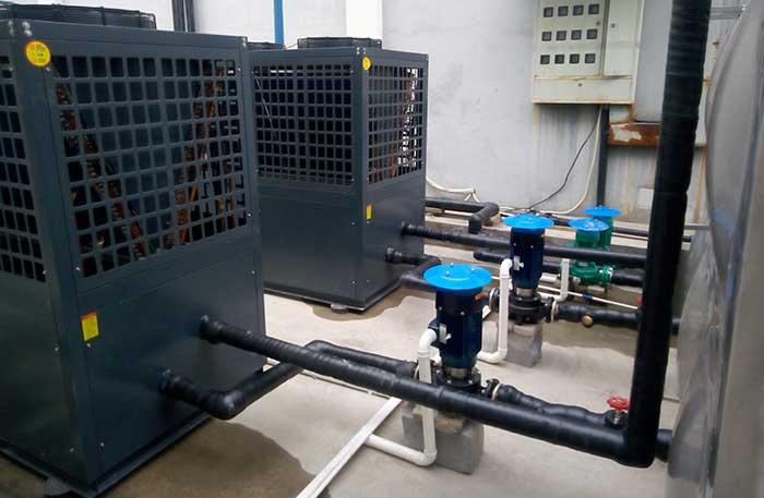 学校空气能热水器